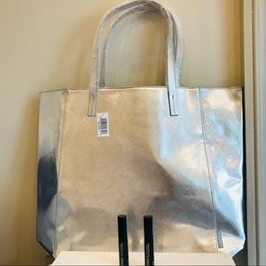 Clinique Tote Bag and 2 High Impact Mascaras